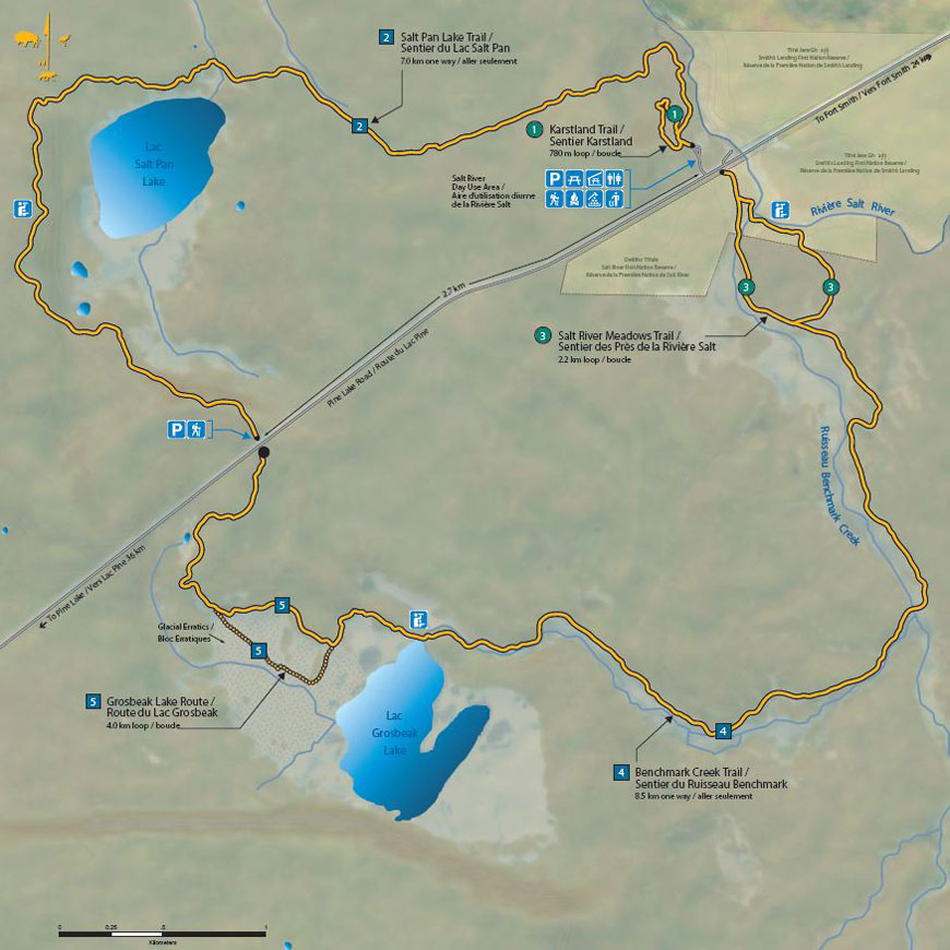 Parks Canada map showing the Salt Plains in tan, with Salt Pan Lake and Grosbeak Lake shown as blue circular forms.